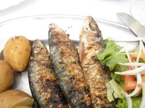 Lisbon Food: Eating Sardines in Lisbon