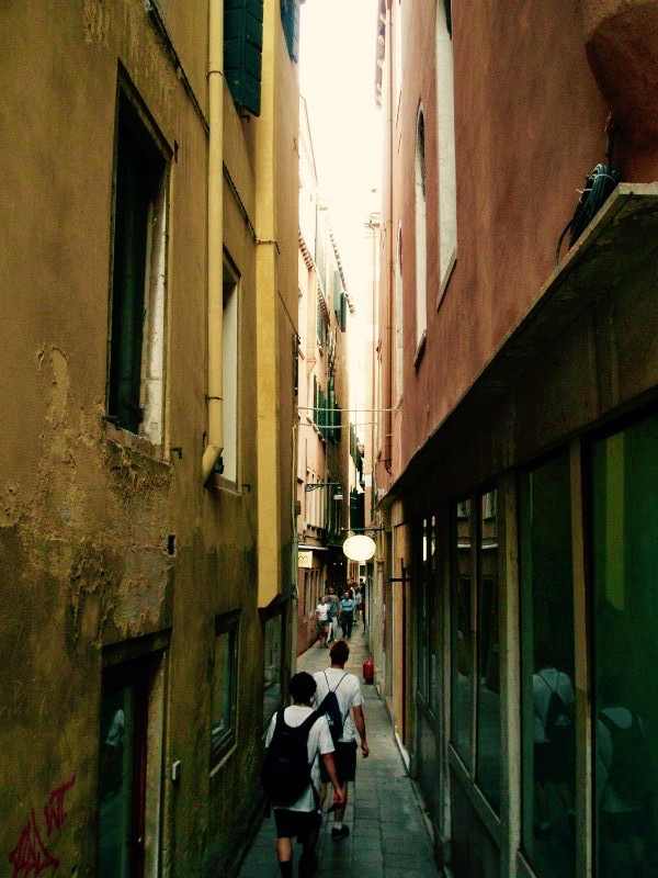 Navigating the streets of Venice can be tricky -- but is part of the fun of spending a day there.
