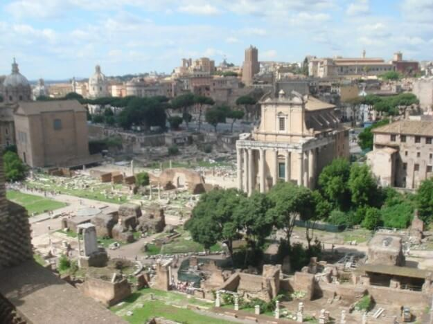 One Day in Rome: The ancient Roman Forum