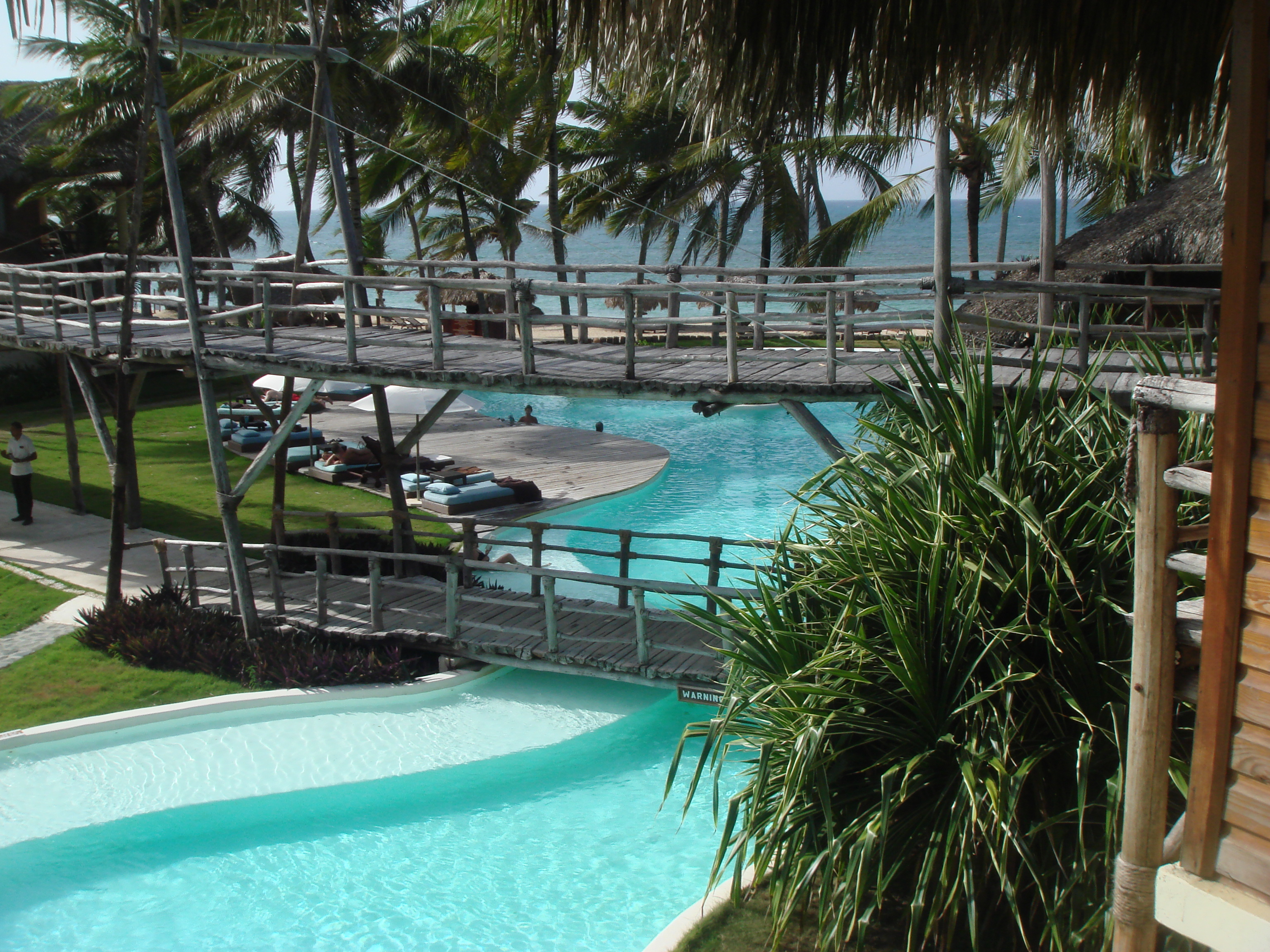 seminyakicon besides Exotic Tropical Turtle Island Sale Australia furthermore Olas furthermore Kalalau Trail likewise Polly Pocket Toys And Playsets. on small tropical pool