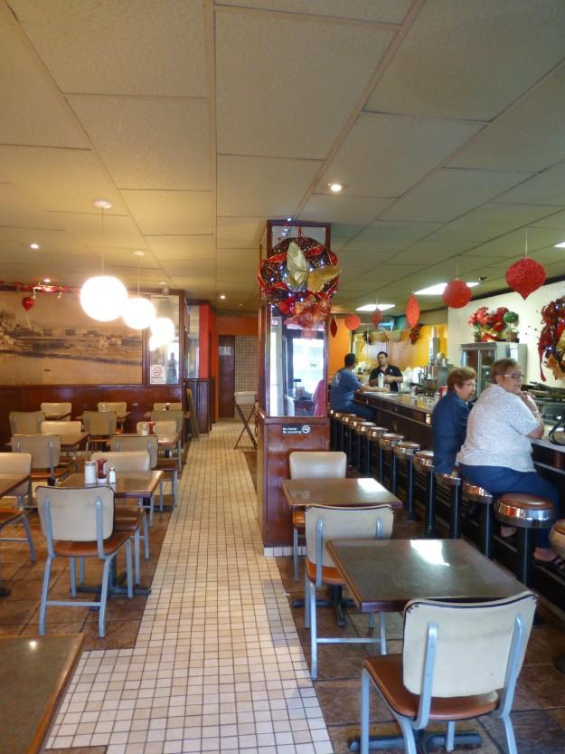Cafeteria Mallorca, San Juan: The inside of the restaurant.