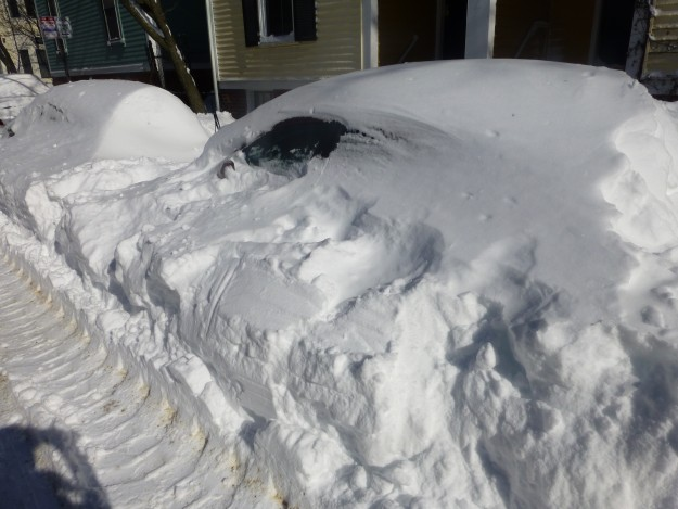 Photos of a Blizzard: Can you spot the two cars in this picture?