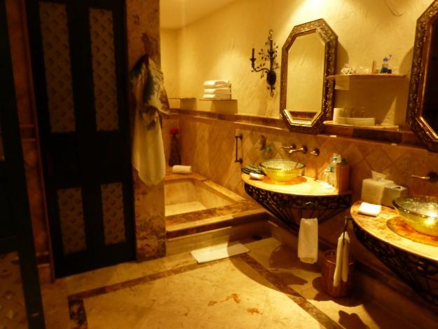Zoetry Paraiso de la Bonita Bathroom: The massive bathroom. I loved the sinks!