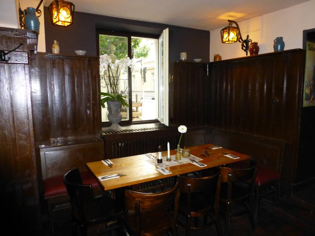 Table at Zur Letzten Instanz