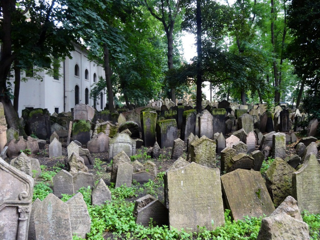 Old Town Jewish Cemetery
