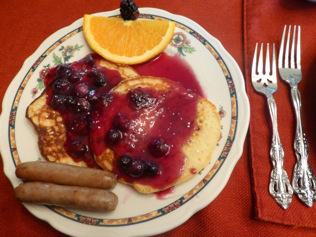 The lemon blueberry pancakes at Cliffside Inn were SO good.