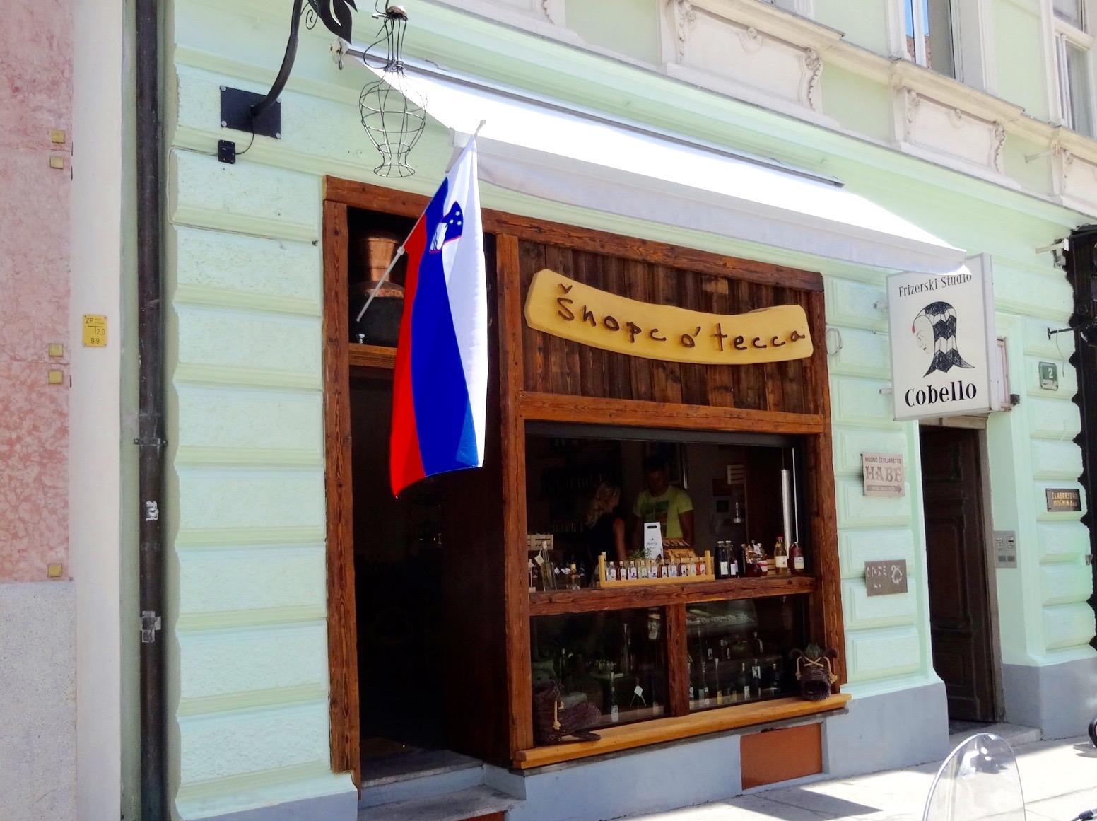 Šnopc o' tecca -- a specialty schnapps shop in Ljubljana