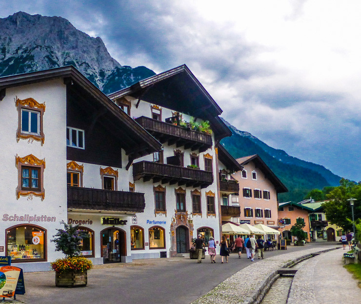 Wander the small towns of Bavaria.