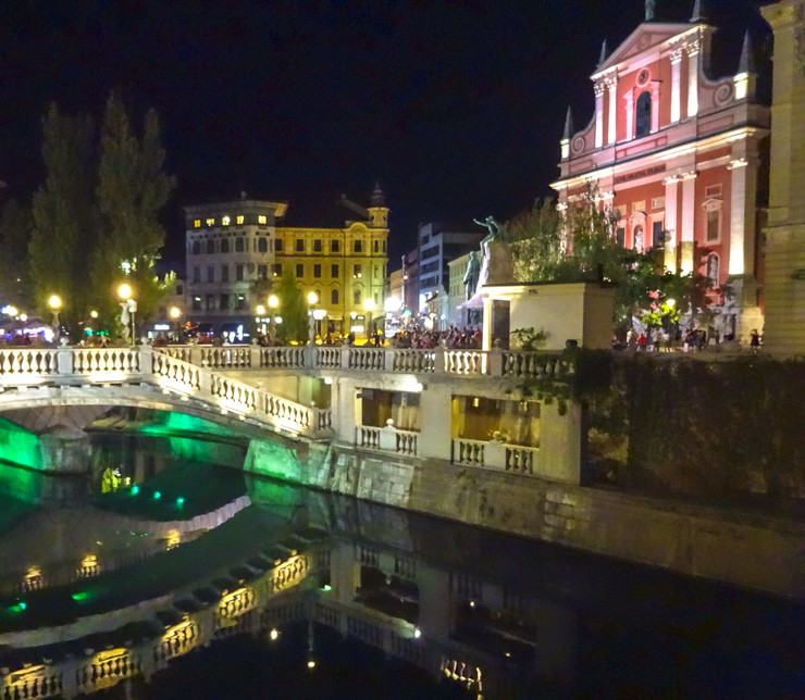Take a romantic moonlit walk along the gorgeous bridges of Ljubljana.