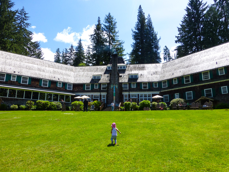 Lake Quinault Lodge in Washington