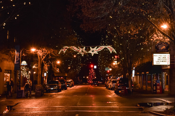 Downtown McMinnville at night around the holidays.