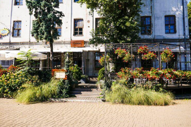 Cargo Grill & Delo in the Tytano Complex of Krakow
