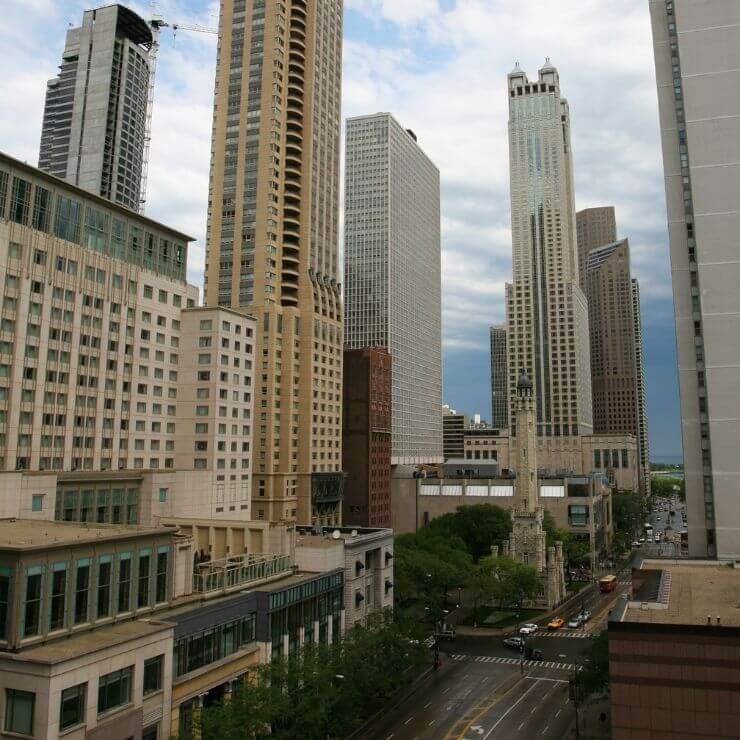 Love to shop? Don't miss walking down the Magnificent Mile in Chicago.