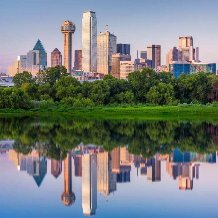 Spending one day in Dallas still will give you enough time to experience some of this iconic city's top sites.