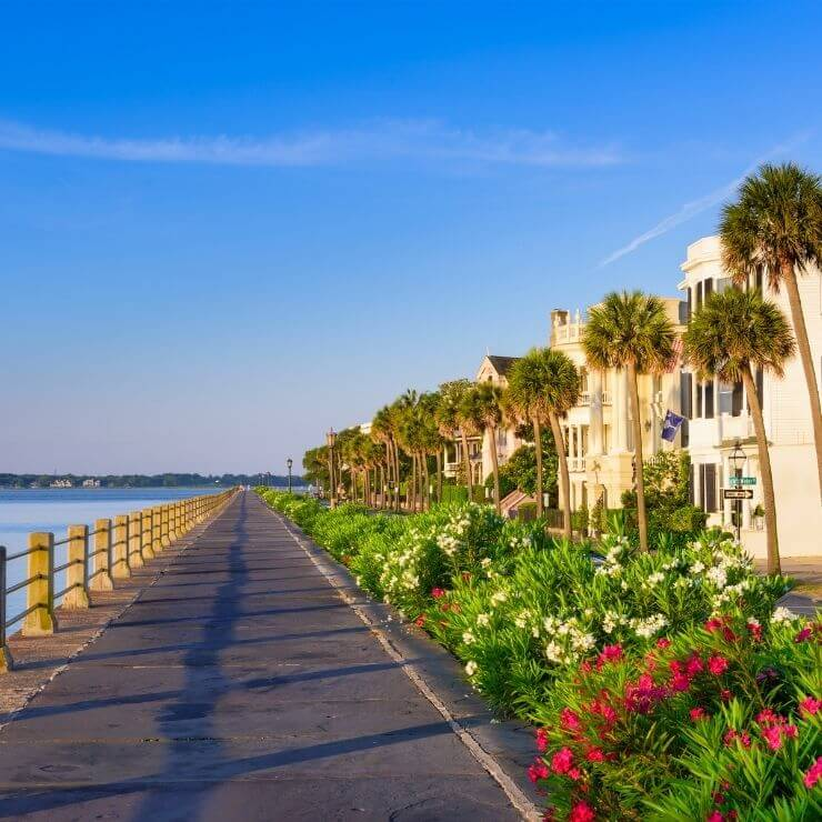 Walking path along the Battery in Charleston, South Carolina. Even if you only have one day in Charleston you can't miss seeing the Battery.