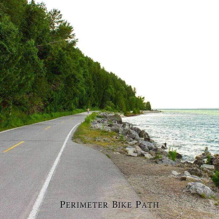 Mackinac Island Perimeter Trail for bicyclists is a great way to see the island during a day trip there.