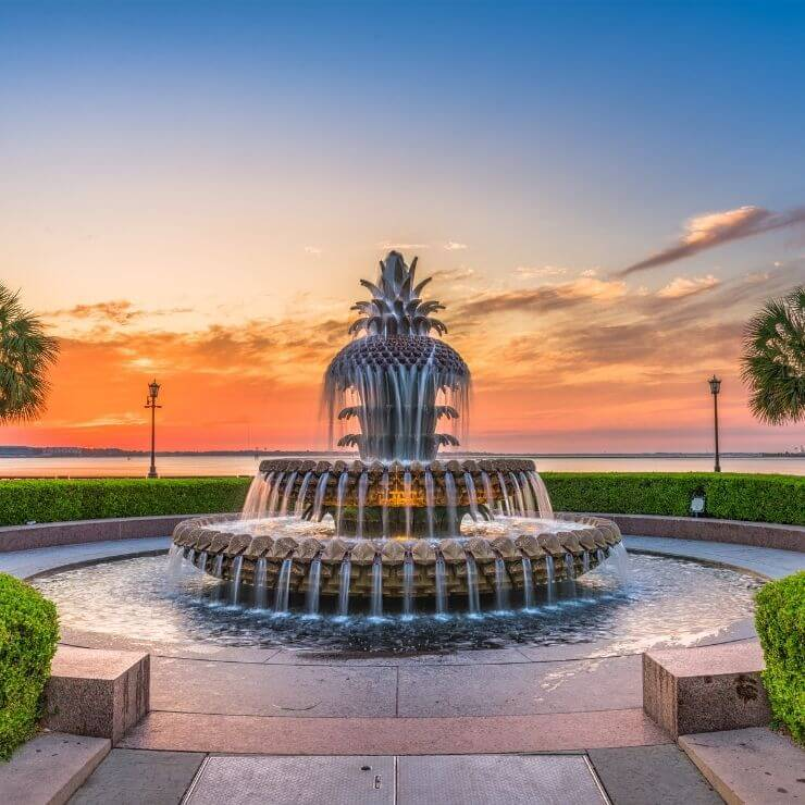 The gorgeous Pineapple Fountain in Charleston Waterfront Park