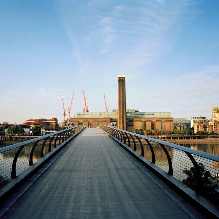 Bridge leading to Tate Modern in London, England