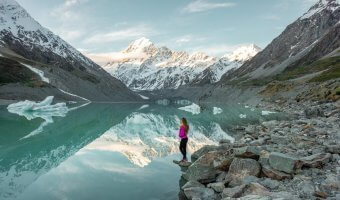 The ultimate New Zealand South Island Bucket List: A Local Shares the Top Things to Do on the South Island of New Zealand.