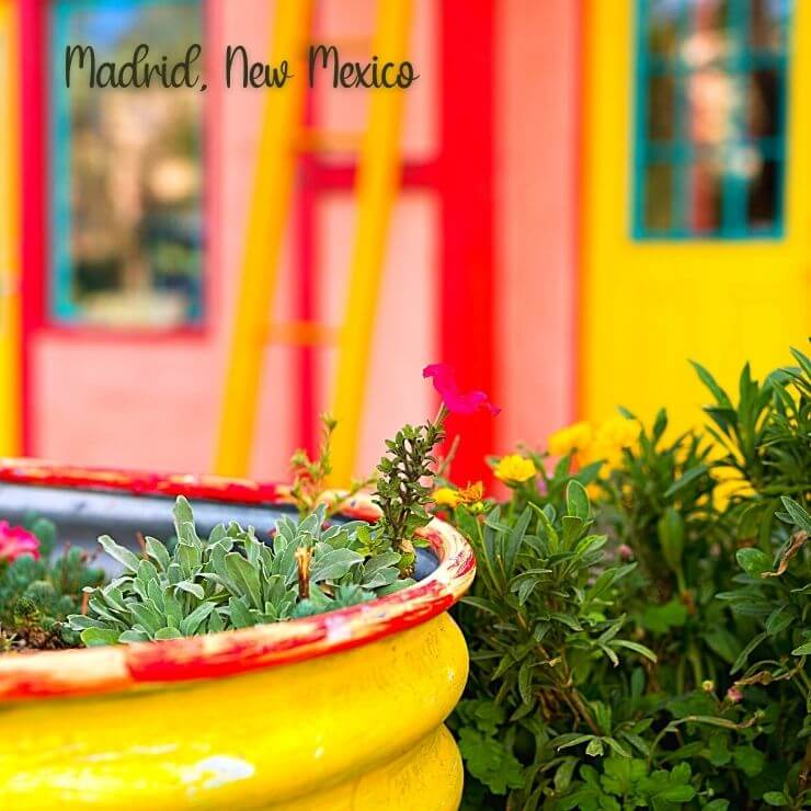 Get off the beaten path in the USA's Southwest with a trip to colorful Madrid, New Mexico.