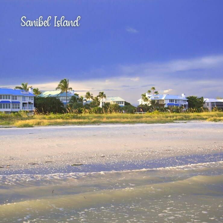 Sandy beach in Sanibel Island, FL
